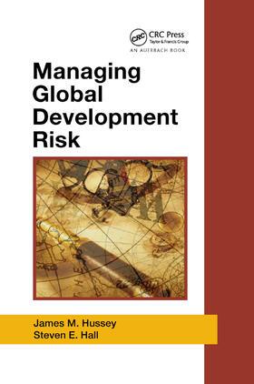 Hussey / Hall | Managing Global Development Risk | Buch | sack.de