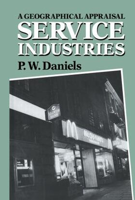 Daniels | Service Industries | Buch | sack.de