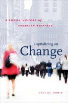 Capitalizing on Change   Buch   sack.de
